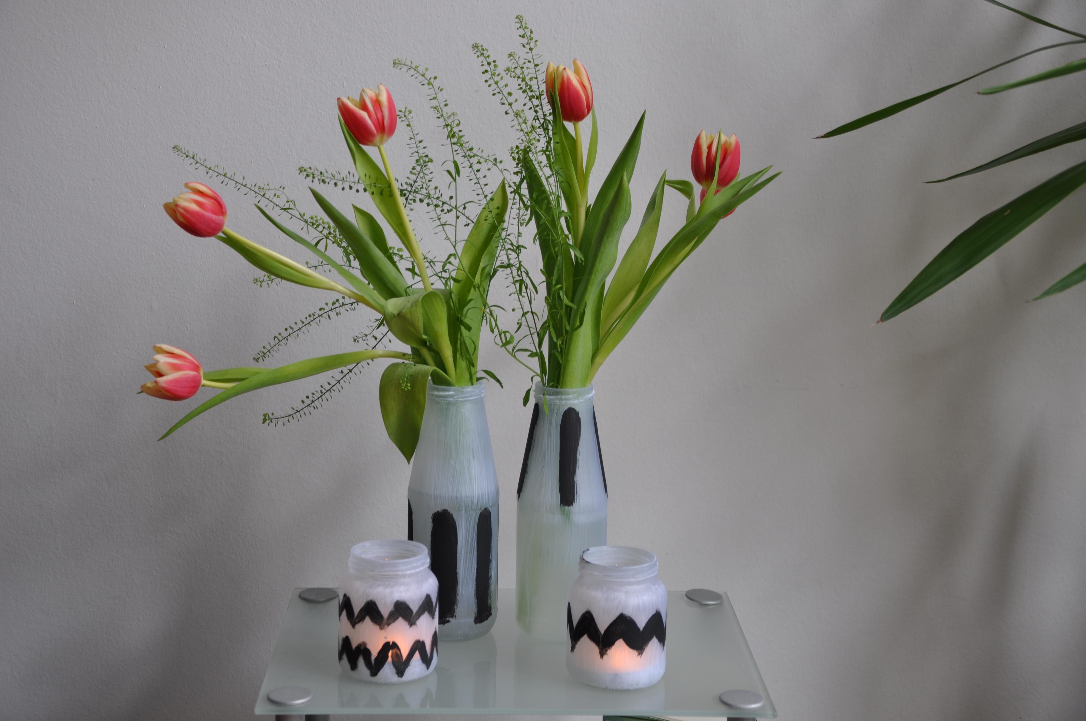 Vasen & Windlicht mit Tulpen_klein